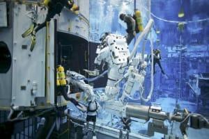 Astronautas en el Centro Espacial Johnson