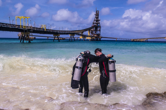 NAUI Scuba Divers