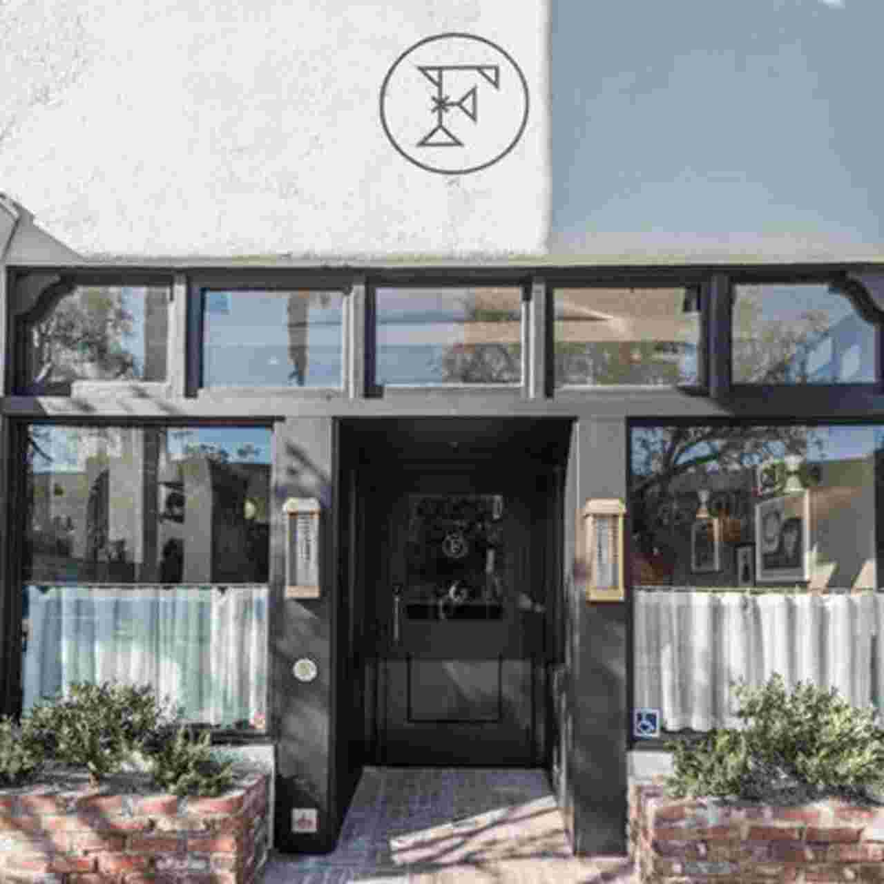 L.A.'s Felix Restaurant Gives the Feel of Grandma's House a Modern Setting | Hunker