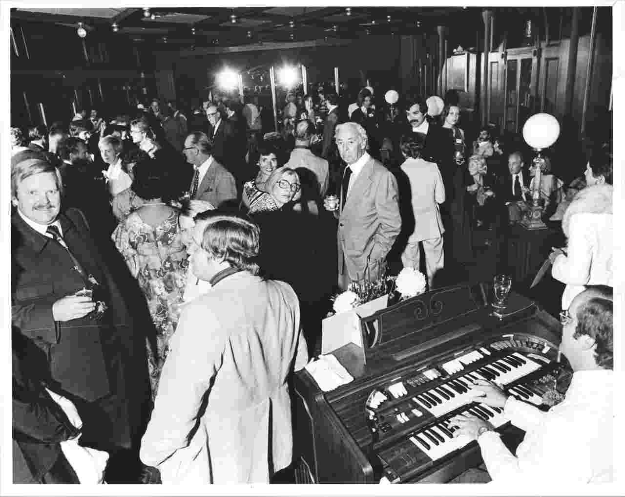 the_happening_party_1976.jpg
