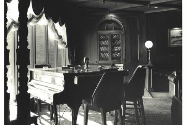 martini's_piano_bar.jpg
