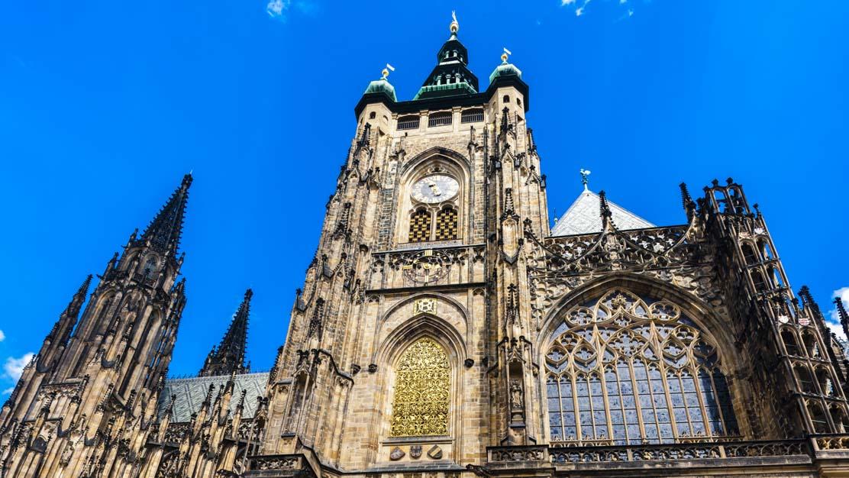 prague-St-Vitus-Cathedral-1112x630