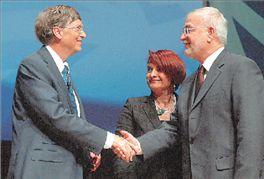 Bill Gates congratulating Apivita company