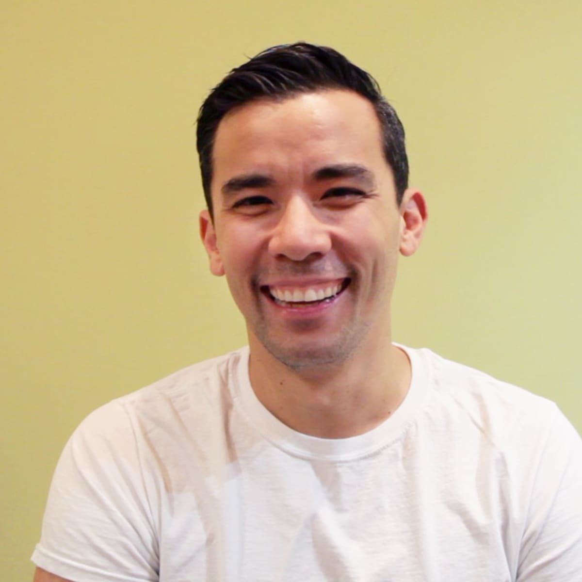 Image representing Hot Minute with Conrad Ricamora
