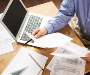 La CVAE, ou Cotisation sur la Valeur Ajoutée des Entreprises, est un impôt local.