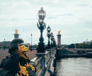 Le 8ème arrondissement de Paris est un quartier dynamique pour la domiciliation commerciale de son entreprise.