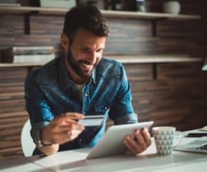 SeDomicilier vous guide pas à pas dans votre ouverture de compte bancaire professionnel.