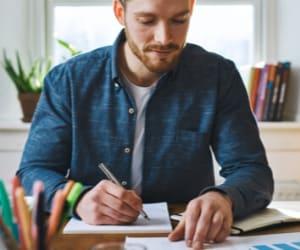 Annonce légale : découvrez quand et comment réaliser ces formalités administratives.
