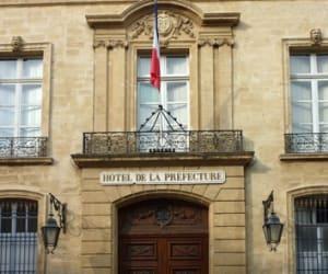 Fournir un numéro d'agrément préfectoral pour chaque adresse de domiciliation est une obligation légale.