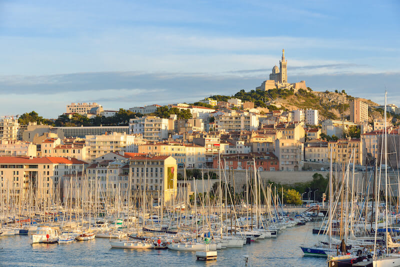 Dossier : les avantages de la domiciliation d'entreprise à Marseille