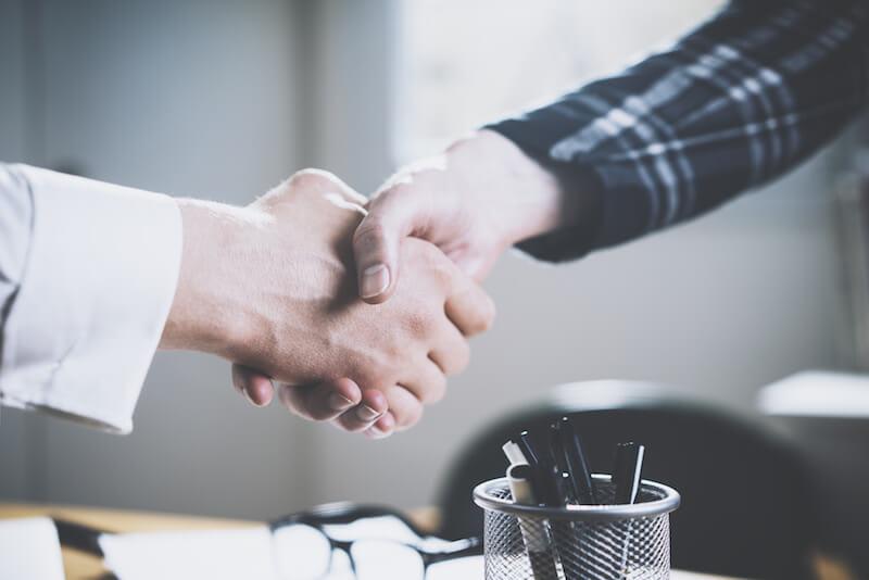 Dossier : faut-il s'associer lors de la création d'une entreprise ?