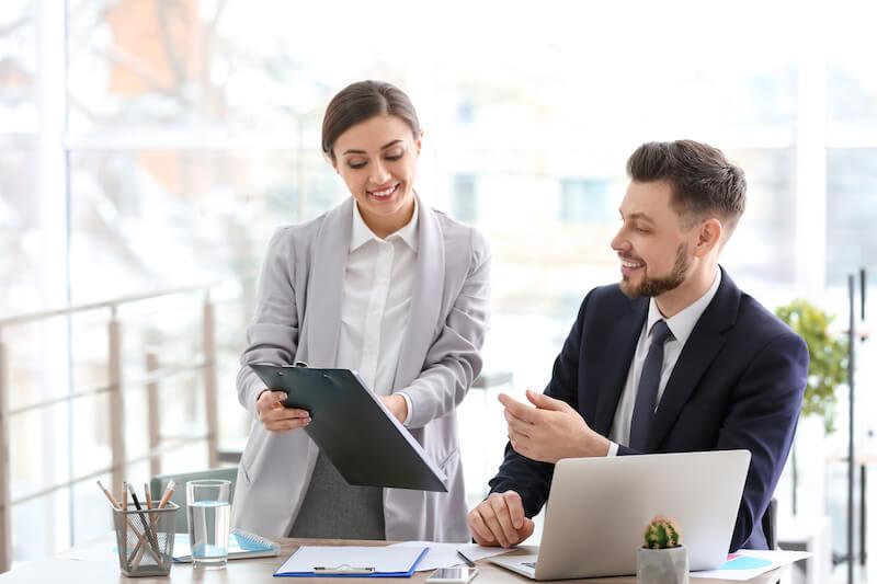 Dossier : les avantages d'un expert-comptable en ligne