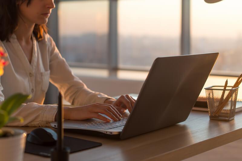 Dossier : créer une entreprise en étant freelance, choisir son statut juridique