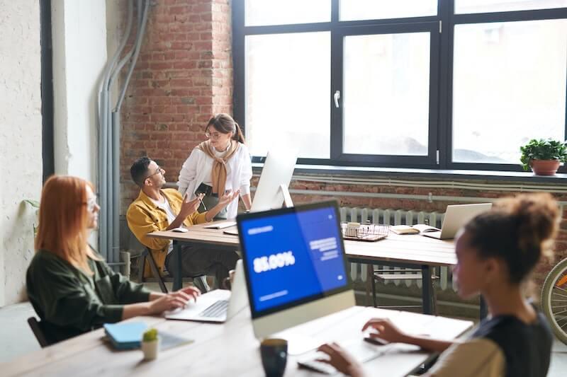 Dissociez l'adresse de votre siège social de votre véritable lieu d'activité grâce à la domiciliation d'entreprise