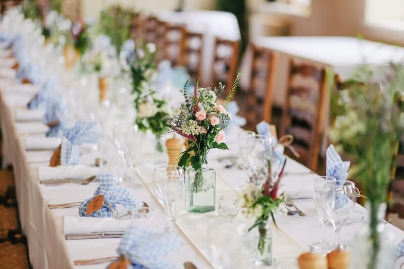 Devenir wedding planner est à la portée de tous en quelques étapes.