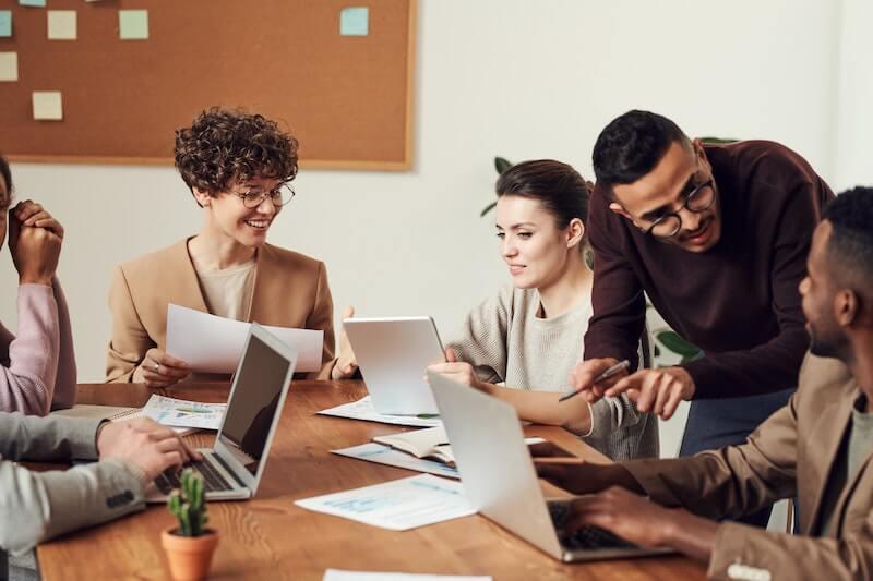 Domicilier son agence de communication permet d'inspirer confiance et légitimité