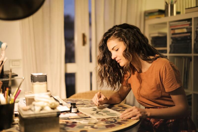 Un statut freelance permet plus de liberté à un illustrateur indépendant