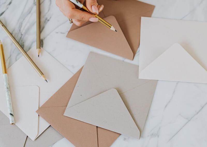 Une société de domiciliation vous permet de déléguer la gestion de votre courrier professionnel