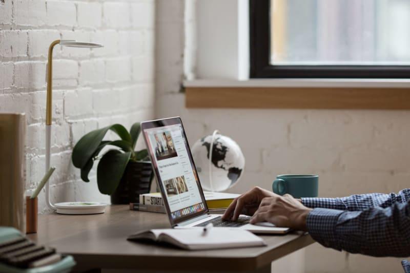 Créer son entreprise en ligne permet de gagner du temps et de simplifier ses démarches.