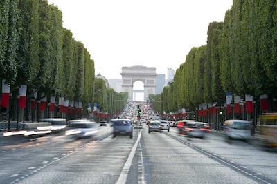 Une domiciliation Avenue des Champs-Élysées à Paris
