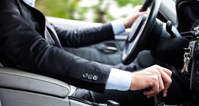 Chauffeur VTC : quelle domiciliation choisir ? Uber, Heetch, Chauffeur Privé, on vous explique tout !