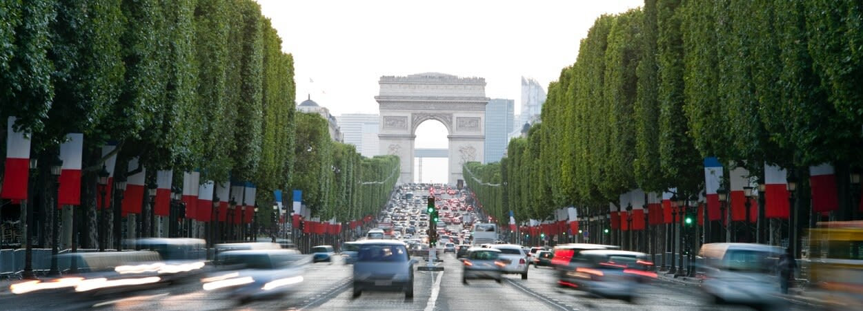 Une adresse de siège social sur les Champs-Élysées aura un effet positif sur votre activité.