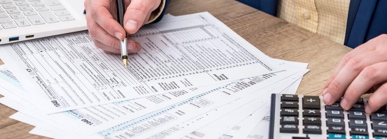 Créer une EURL présente de nombreux avantages fiscaux, comme la flexibilité de l'imposition sur les bénéfices.