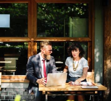 Le budget 2019 réserve de bonnes surprises aux travailleurs indépendants qui pourront adhérer à un service en ligne permettant d'adapter chaque mois le montant de leurs cotisations sociales.