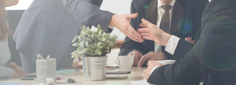 Un accord d'entreprise est une procédure permettant d'organiser le travail, d'instaurer les règles utiles pour la production, le personnel et optimiser son fonctionnement au quotidien.