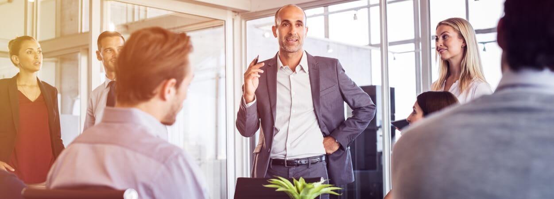 Le changement de dirigeant d'une entreprise comprend plusieurs étapes.