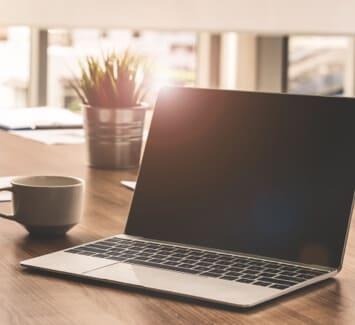 Il est possible de domicilier le siège social de son entreprise très rapidement et en ligne grâce aux sociétés de domiciliation.