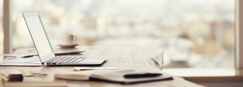Pour le siège social de votre entreprise, plusieurs alternatives : la domiciliation d'entreprise au domicile du gérant, dans un local commercial ou dans une société de domiciliation.