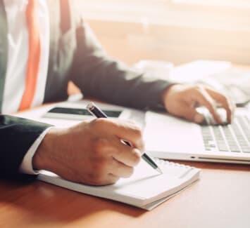 Les commissaires aux comptes sont chargés de la certification des comptes de nombreuses formes de société, dont la SASU.