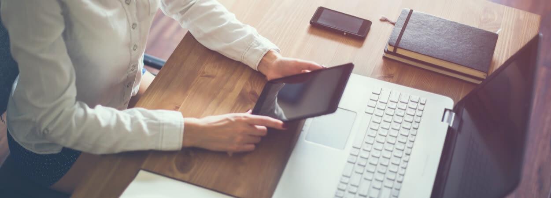 Le statut juridique d'une entreprise permet de déterminer l'ensemble des lois, règles, textes juridiques et modalités de fonctionnement qui lui sont applicables.