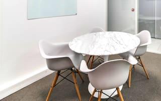 Des salles de réunion pour prévoir des réunions professionnelles.