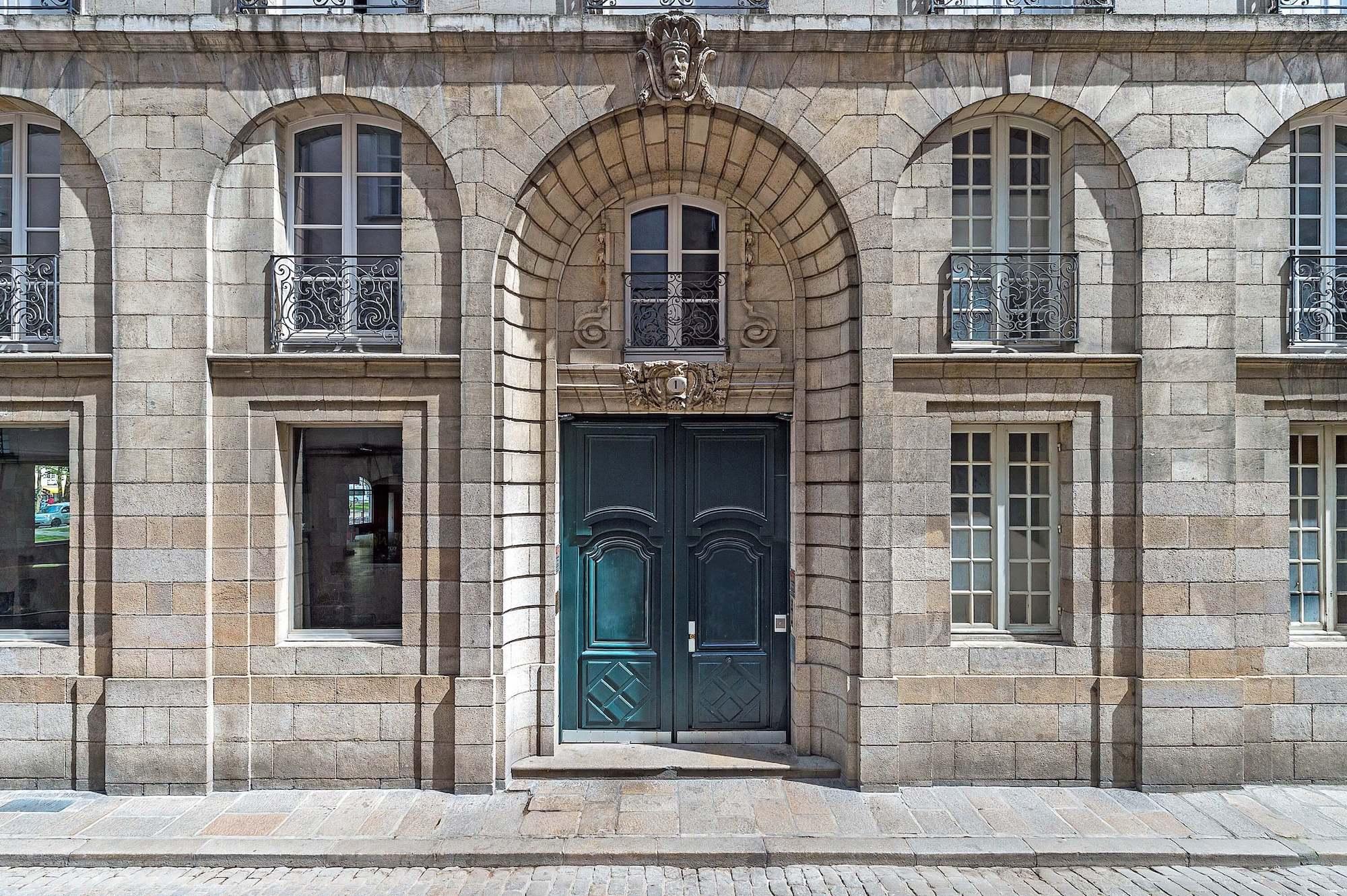 L'équipe du centre de Nantes vous réceptionnera votre courrier et vous le restituera selon vos options.