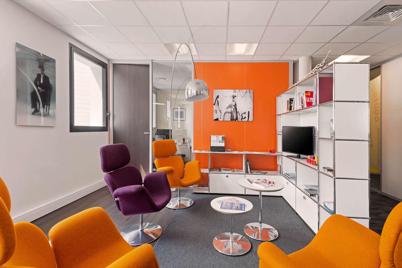 Des salles de réunion toutes équipées sont à votre disposition pour vous aider dans votre activité.