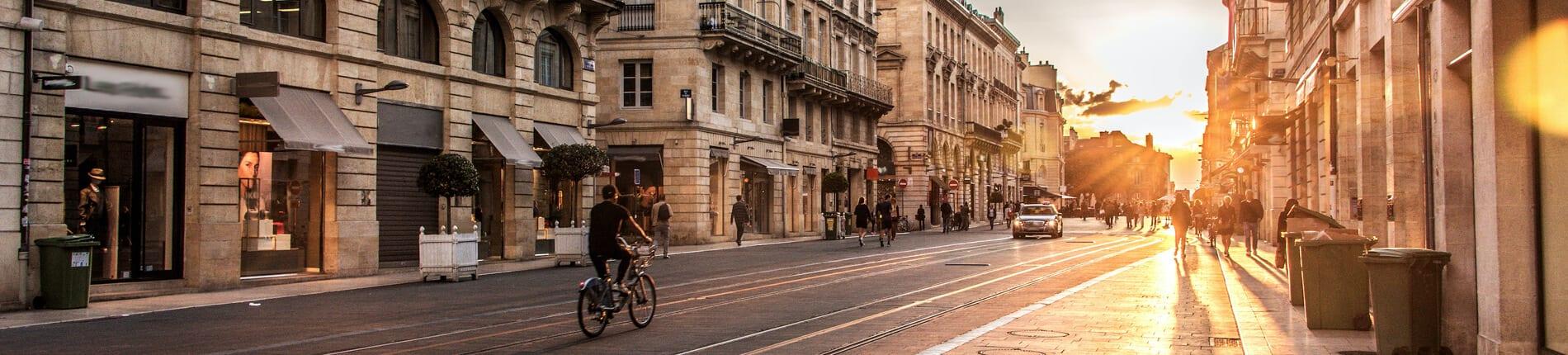 Domiciliez votre entreprise à Bordeaux, une ville dynamique.