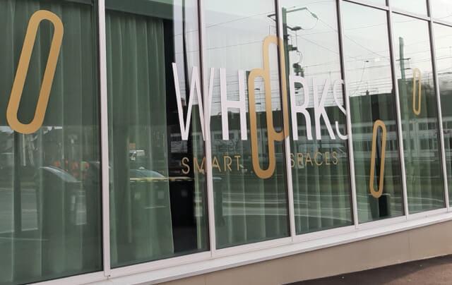 Ce centre d'affaires entièrement neuf vous accueille durant toute la semaine.