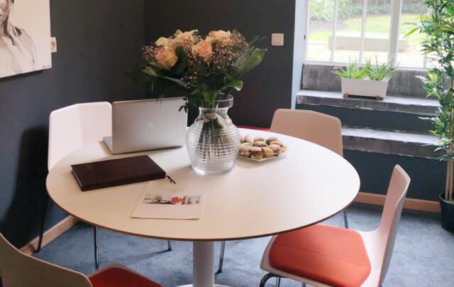 Les meilleures conditions pour recevoir partenaires ou clients dans ce centre totalement équipé.