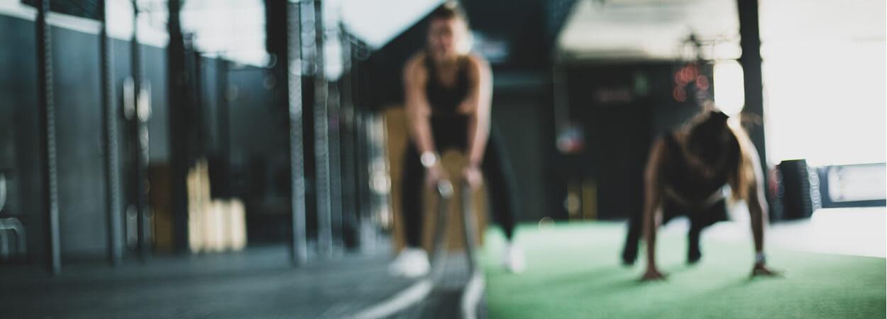 Devenir coach sportif implique d'aimer le contact humain et tout faire pour aider ses clients à atteindre leurs objectifs !