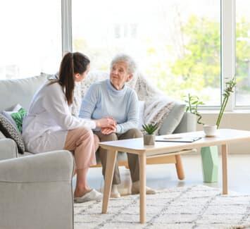 Les activités de services à la personne peuvent bénéficier d'avantages fiscaux et sociaux
