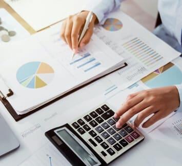 Il peut être intéressant de consulter un expert-comptable dès la phase de création de son entreprise