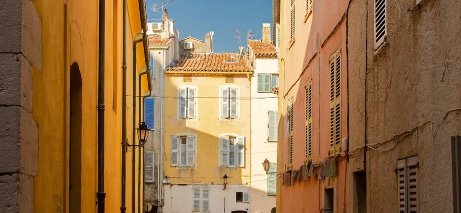 Bénéficiez d'un cadre privilégié à Saint-Raphaël en y domiciliant votre entreprise.