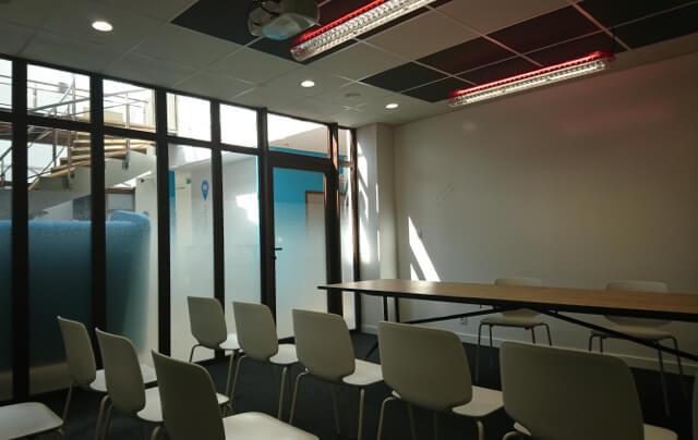 Des salles de réunion spacieuses pour vos rendez vous professionnels.