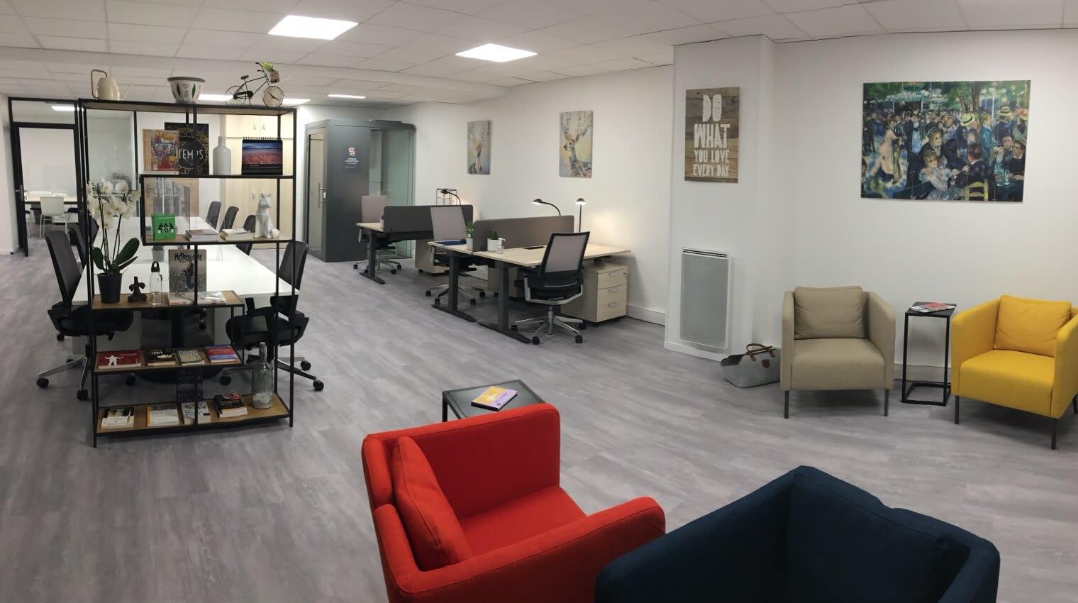 Des espaces de travail spacieux dans notre centre d'affaires au Plessis-Robinson.