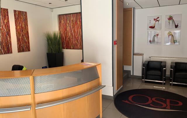 Nous accueillons votre entreprise dans un business center moderne à Neuilly-sur-Seine.