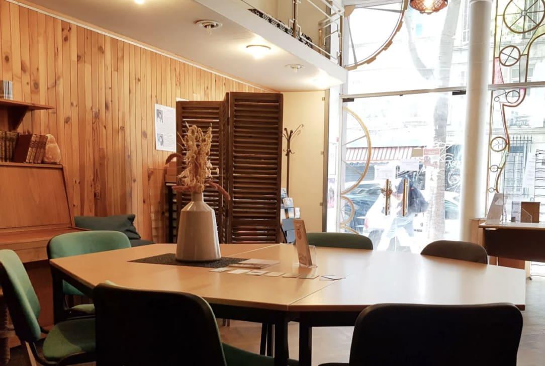 Le siège social de votre entreprise à Marseille.