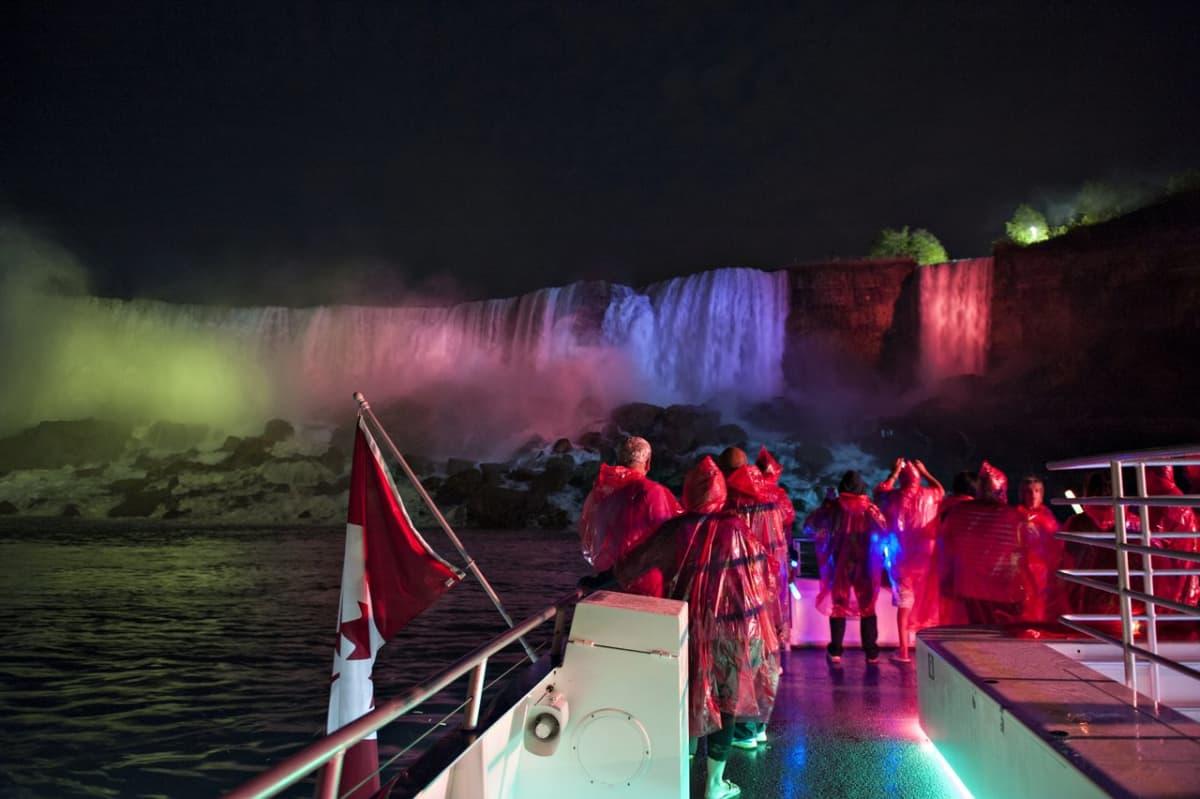 Hornblower Falls Fireworks Cruise