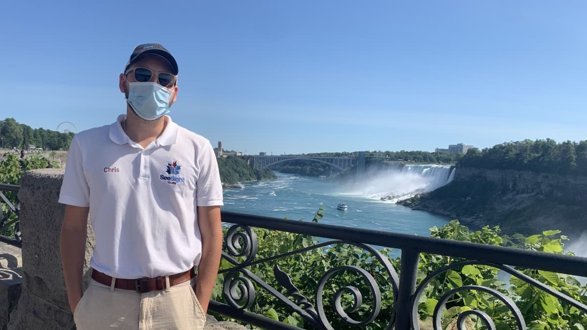 Niagara Falls tour guide wearing mask